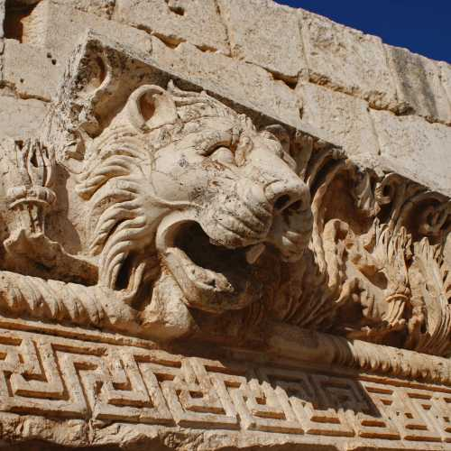 Ruins Of Jupiter temple. Baalbek.<br/> Руины храма Юпитера. Баальбек.