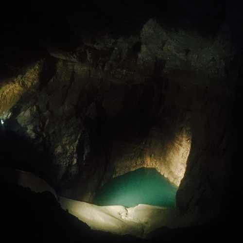 Очень красивые пещерные озера — мои самые яркие впечатления от пещер