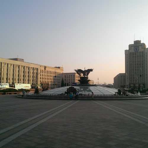 Площадь Независимости, Беларусь