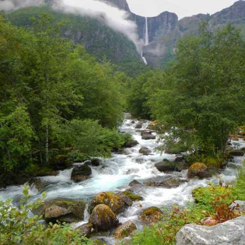 Водопад Мардальсфоссен.