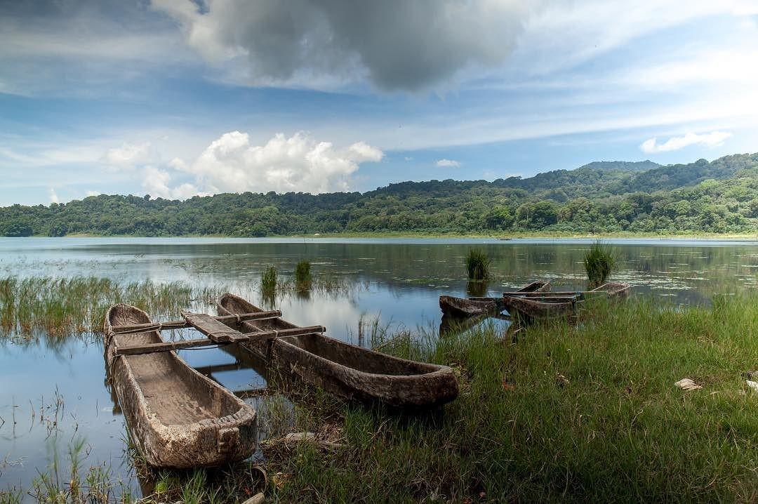 На озере Тамблинган