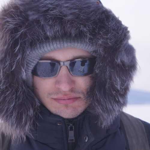 готовлюсь к преходу чрез озеро Байкал (но, правда… на самом коротком участке). 2016 г.