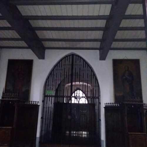 Соборная церковь Святых Петра и Павла, Польша