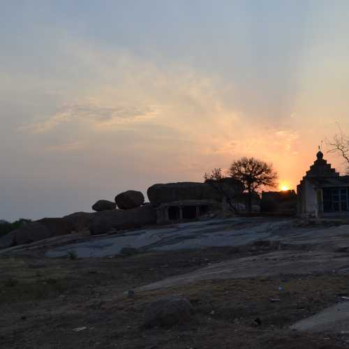 Храм Хануман. Индия. Штат Карнатака.<br/> Деревня Хампи