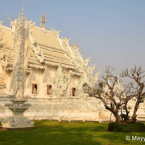 Ват Ронг Кхун, Thailand