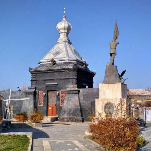 Русская церковь очень эпическая и необычная. Рада, что мне ее показали