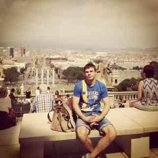Прекрасный открывается вид на Барселону от парадного Исторического Музея Каталонии =)