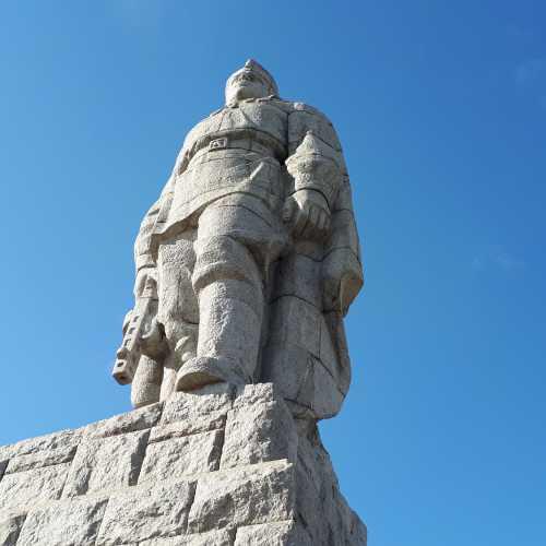 Памятник советскому солдату-освободителю «Алёша», Bulgaria