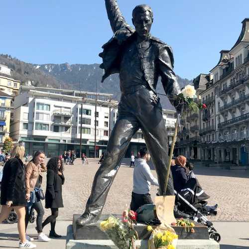 Freddie Mercury, Switzerland