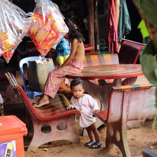 Камбоджийские дети :)