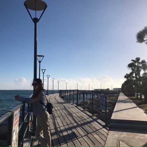 на набережной Лимассола, Кипр февраль 2018