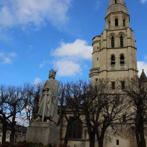 Пуасси, France