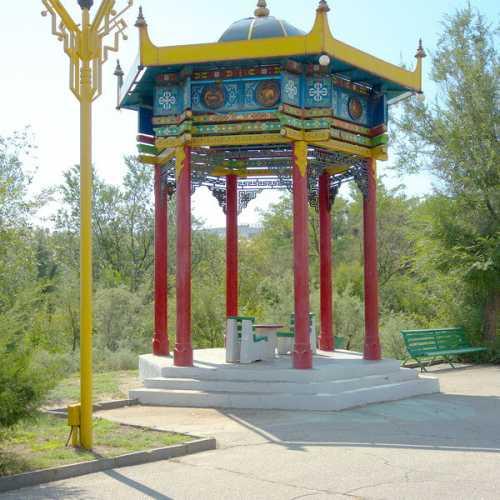 Ротонда и декоративно-скульптурное панно «Цвети, Калмыкия!», Russia