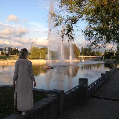 Минск. Район Национальной Библиотеки. Июнь, 2017