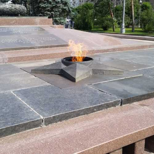 Площадь павших борцов, Россия