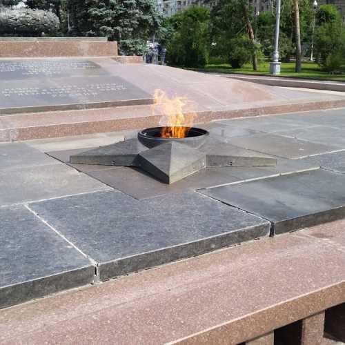 Площадь павших борцов, Russia