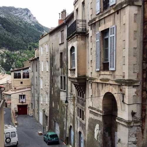 Систерон, France