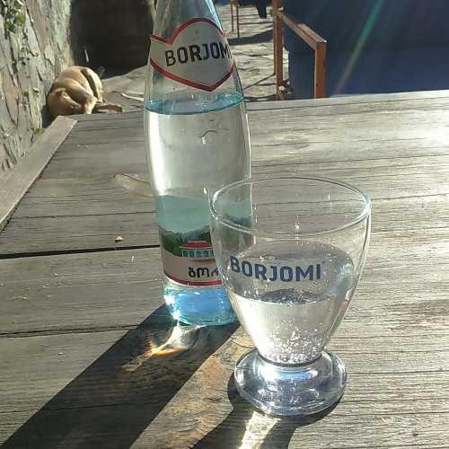 Степанцминда (св.Степан, бывшее Казбеги).<br/> Кафе 5047