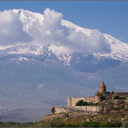 Хор Вирап, Армения