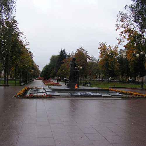 Свято-Троицкий бульвар, Вечный огонь, 2006 год