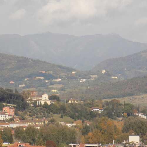 Вид с башни Гуинидже, Лукка