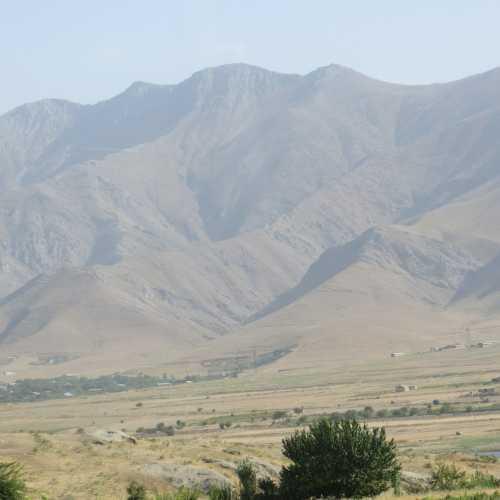Граница, перевал