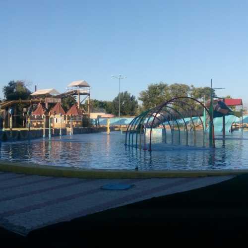 Чирчикский аквапарк.