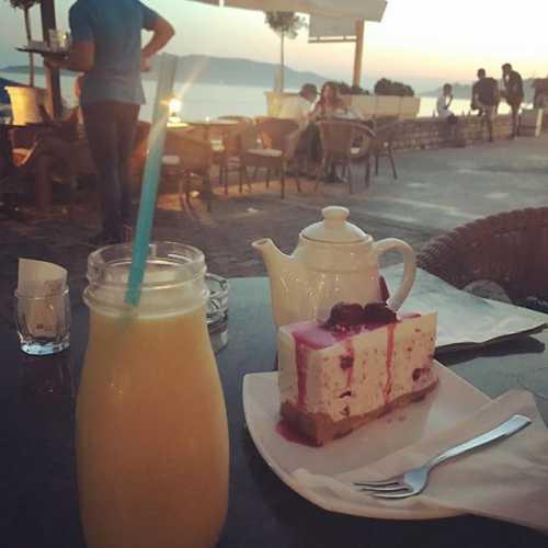 #смеркалось #чудесныйвечер #черногория #хочуещеотдыхать #годдругойжизни #нужнопробовать