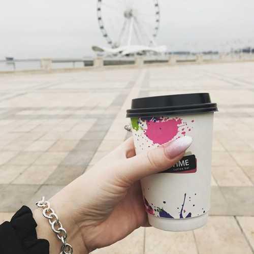 Доброе утро, это когда 12 дня, чашка кофе и за окном Атлантический океан, ну хотя бы Каспийское море))) #покабаку✈️#приветмосква #холодпесий #добропожаловатьдомой