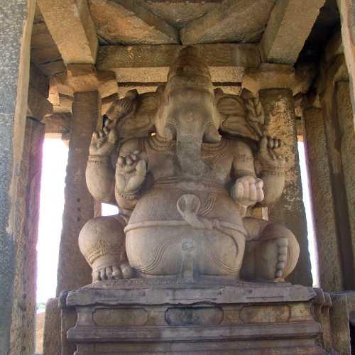 Статуя Ганеши, Индия