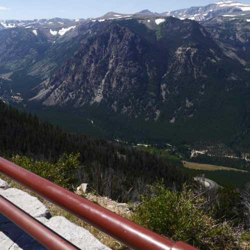 Yellowstone National Park<br/> Beartooth Highway
