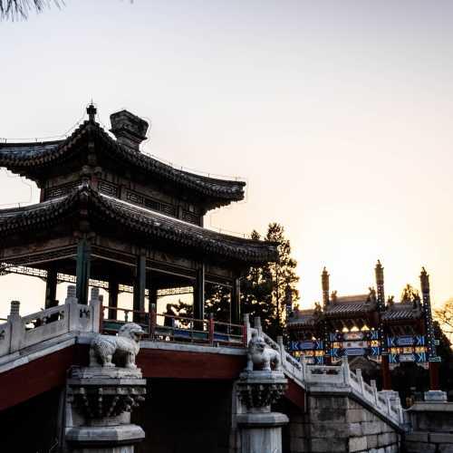Летний дворец императора в Пекине