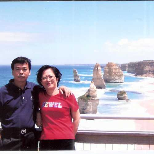 2004 twelve apostles @ Great Ocean Road