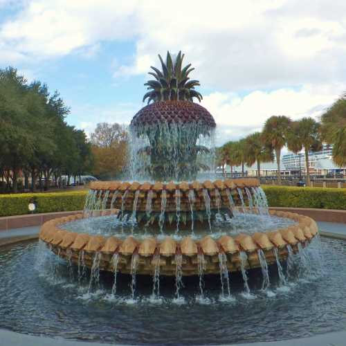 The Famous Waterfront PINEAPPLE Fountain