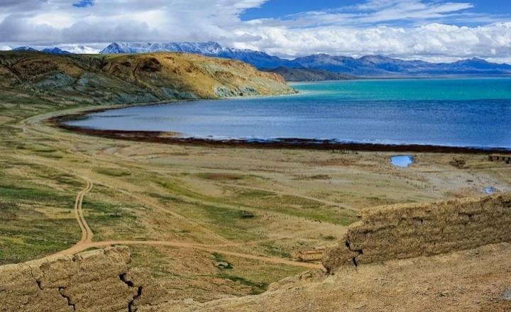 Путешествие в загадочный Тибет. Озера, Пещерные города и песчаные храмы. part 5