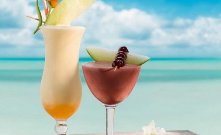 Топ 10 пляжных напитков мира
