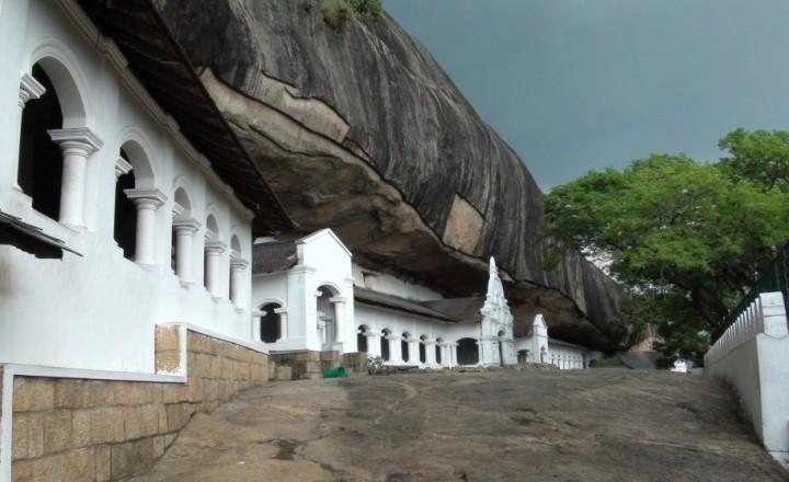 Пещерный храм в Дамбулле