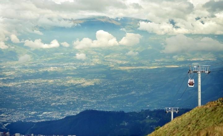 Прогулка в облаках над Кито, Эквадор