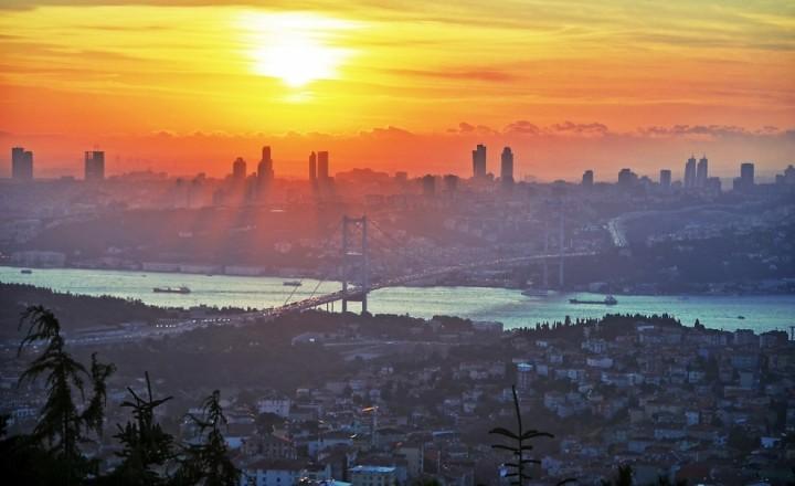 Золотой закат над Стамбулом