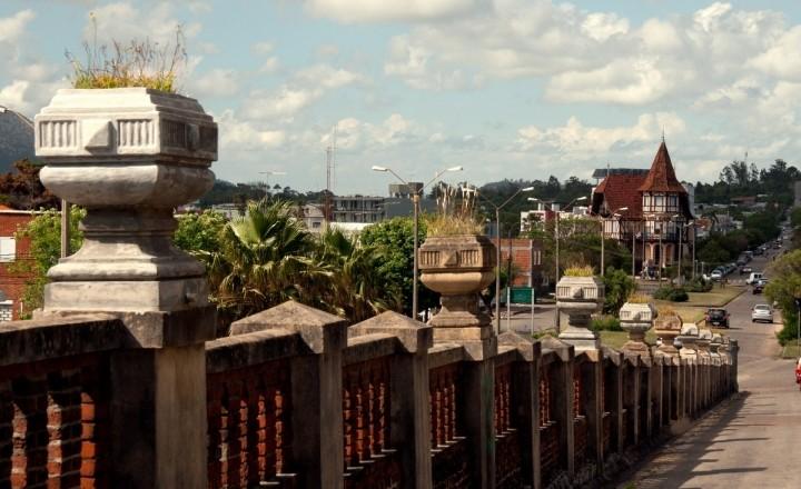Уругвай. Экспресс вдоль побережья. Часть 1 — город алхимиков