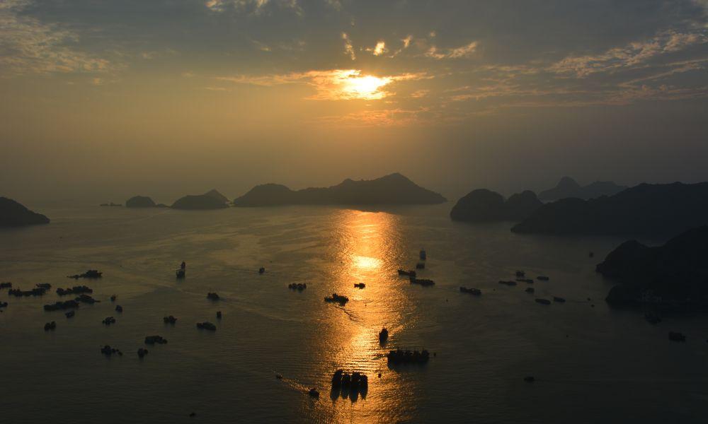 Остров Кат Ба в ноябре.
