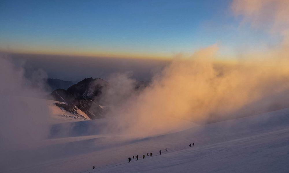 Казбек,Грузия(7-й день, восхождение,3800м - Вершина Казбека - 5033 м)
