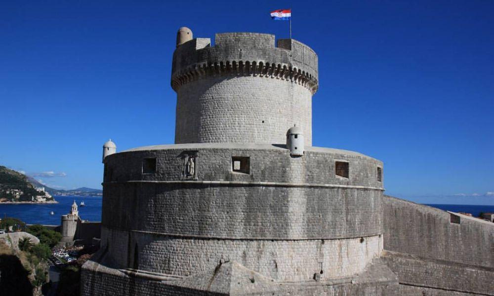Hrvatska povijest. 10 dana blaženstva